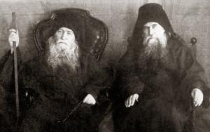 Афонские старцы иеросхимонах Иероним и схиархимандрит Макарий