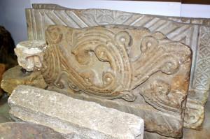 Фрагменты архитектурных деталей сочинских средневековых храмов